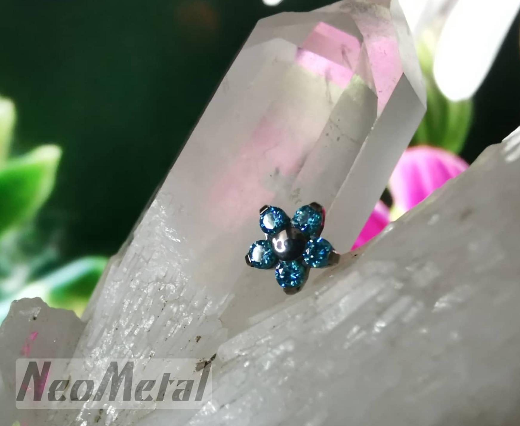 Les bijoux sont en vente en click and collect